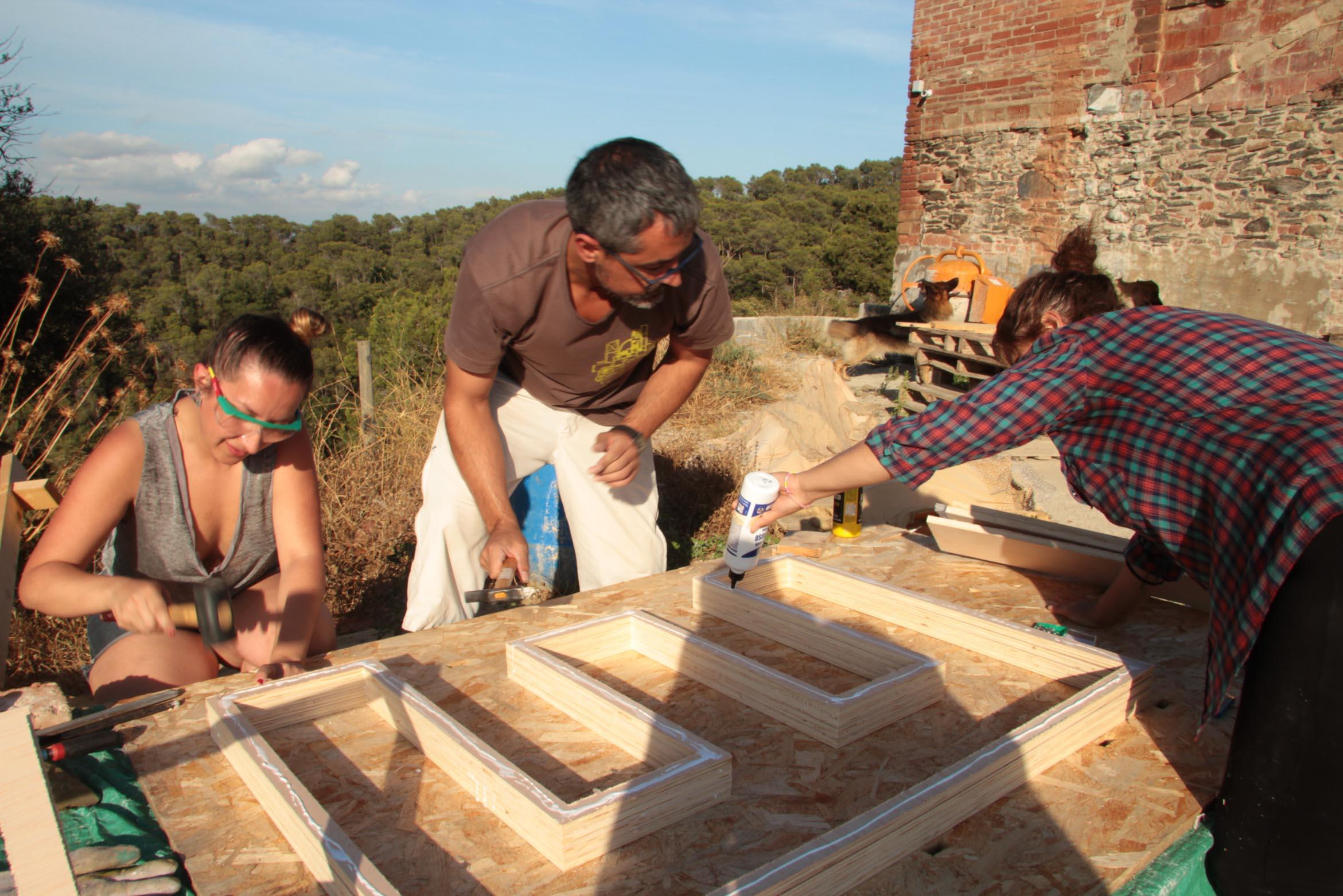 PRODUCCION -ms-balloon-iaac-lo-siento-design-hand-made-wood-work-barcelona_-5