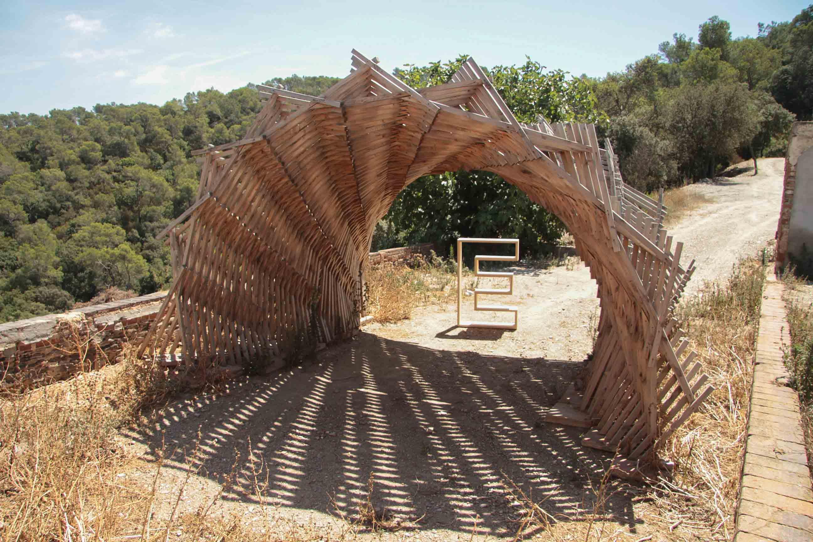 the valldaura experience-ms-balloon-iaac-lo-siento-design-hand-made-wood-work-barcelona_-33