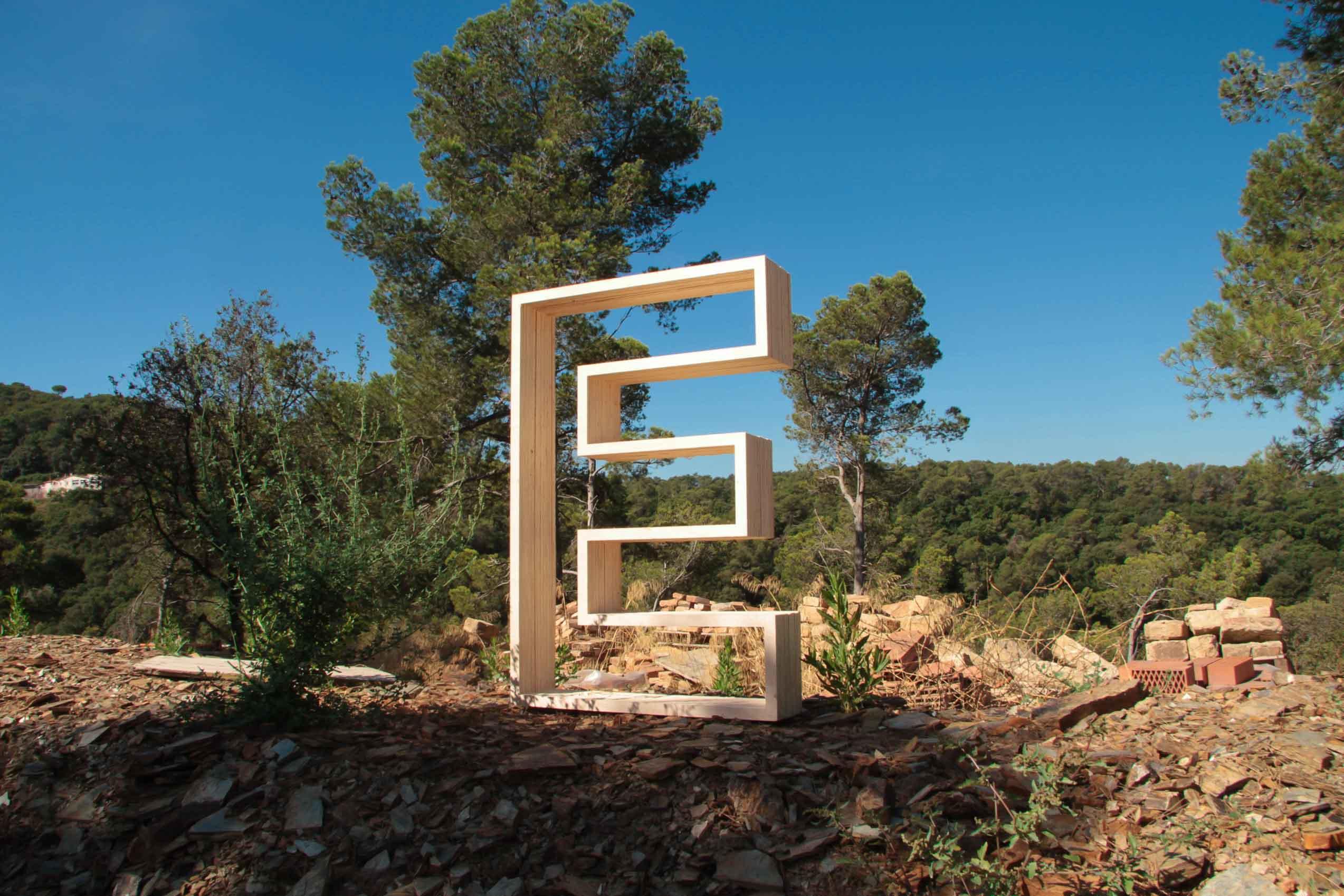 the valldaura experience-ms-balloon-iaac-lo-siento-design-hand-made-wood-work-barcelona_-9